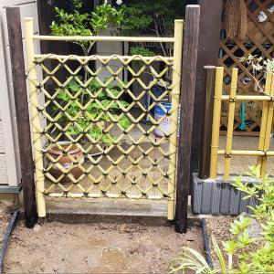 竹垣、洗い出しとベースとアプローチ