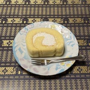 生ロールケーキは抹茶とは・・・