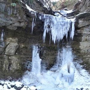 「氷瀑」を見に行く