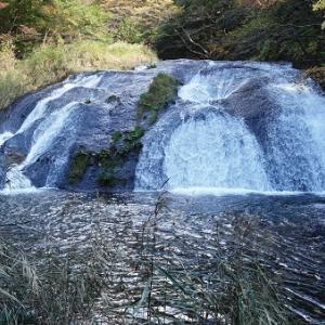 花巻温泉~賢治ゆかりの「釜淵の滝」