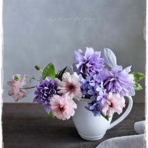 La vie avec des fleurs~花のある暮らし~マグカップに庭花を飾る悦び