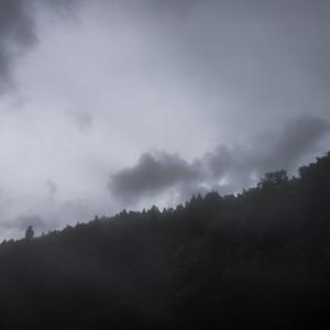 払沢の滝 曇り空 ~ by 空倶楽部