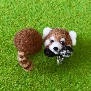 レッサーパンダのイヤリング