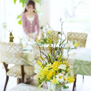 イースターのテーブルと花デザイン!元気が出る写真満載です!!