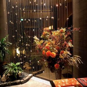 ホテルの素敵な秋のしつらえ
