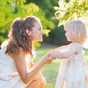 今の現実は「傷ついた子供の頃の自分」が創り出している。潜在意識で奇跡を起こすための基礎レッスン