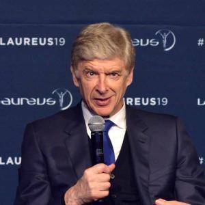 名将ベンゲル、世界注目の進路は?アーセナルOBが明言「PSGか日本復帰」