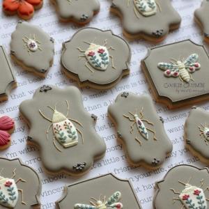虫クッキー