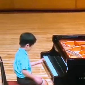 兵庫県学生ピアノコンクール本番の演奏動画