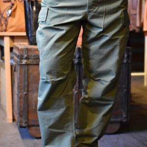 コリンボ SOUTHERN MOST BUSH PANTS 在庫ございます。