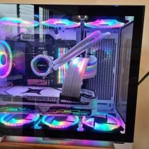コンピュータを組み立てる