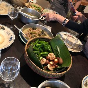 インドシナ料理教室の後、佐藤愛子先生と乾杯!