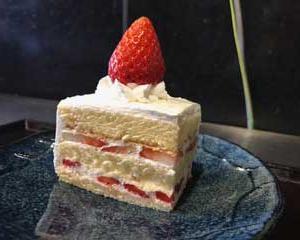 たまちゃん いちごケーキ