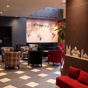 博多に世界を旅するホテル オープン
