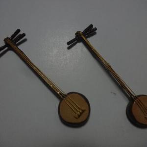 『飛鳥の調べ』の小道具(楽器)作りをやってます。