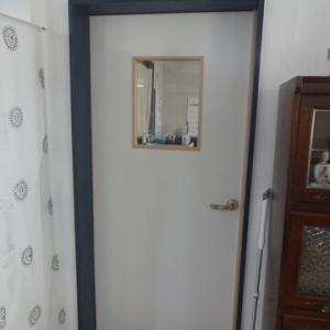 気になっていた5枚の『ドア』、全てを新調しました!