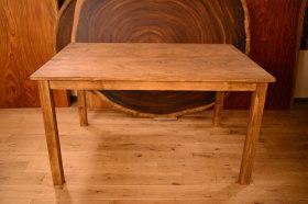 無垢ヒノキアンティークテーブルとクリのローテーブル完成!