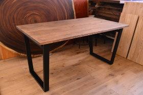 アンティーク仕上げのヒノキ×アイアン脚テーブルとクリの引き出し付きテーブル完成!