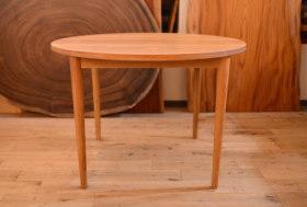 無垢オークFASグレード丸テーブルとアンティーククリテーブル完成!