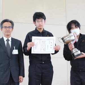 卓球大会の表彰式