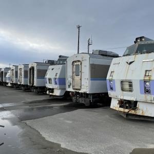 北海道からタイへ旅立つキハ183系17両~現地で客車として使用へ