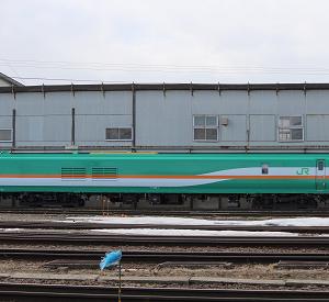 北海道の軌道検測車マヤ35形~将来的には総合検測車として運用へ