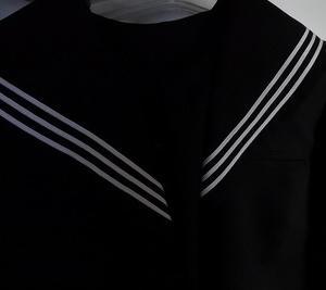 Change of school uniform衣替え
