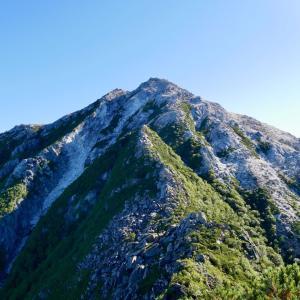 輝く砂礫の甲斐駒ケ岳は魅力満載でした