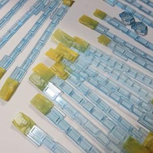ガラスを塗り重ねる KATO#10-426 189系「あずさ」の色差し(その7)