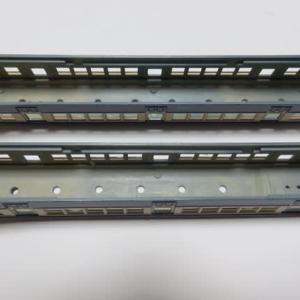 ベンチレーターを取り付ける グリーンマックス#151 クハ55ほか身延線旧型国電(その25)
