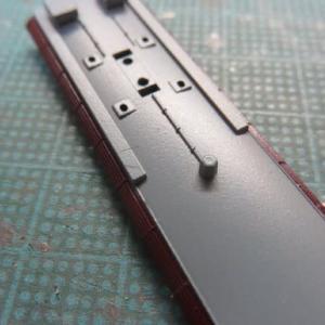 屋根板を削る 鉄コレ阪急1010系(その7)