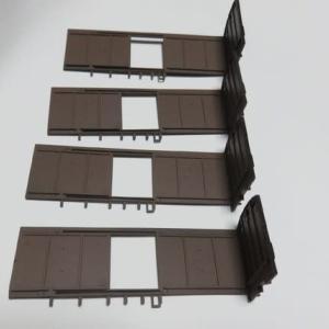貨車らしい箱に組む エンドウ#9901ワム23000を組む(その2)