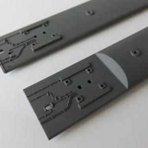 屋根板を塗り直す 鉄コレ身延線の色差し(その4)