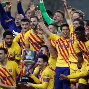バルセロナ、国王杯優勝!メッシ2ゴールなどビルバオに4-0快勝し最多31回目の栄冠(関連まとめ)