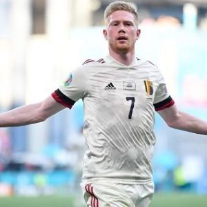 ベルギー代表、デブライネ1G1Aでデンマークに逆転勝利しEURO2020決勝T進出!オランダもオーストリア下し決勝T進出(関連まとめ)