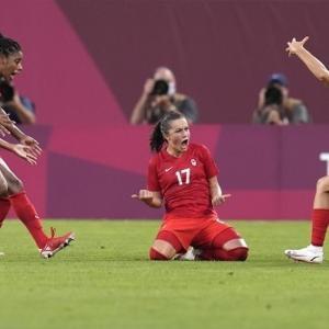 東京五輪女子サッカー、カナダがW杯女王アメリカに1-0勝利し決勝進出!銀メダル以上が確定(関連まとめ)