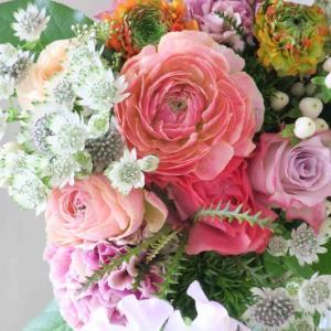コーラルの春の花束