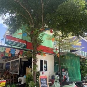 オンヌットの隠れた名店!こんなところに絶品のネパール料理!