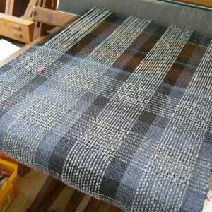 模紗織りと二重織り