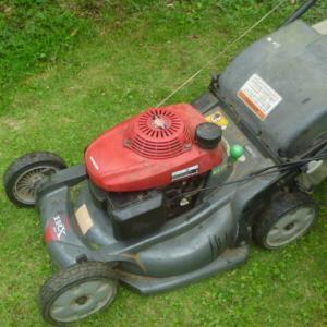 芝刈り機のキャブレター組立てミス。11日<br />