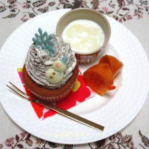 *メリ☆食* 本日のワンプレートモーニング♪はおやつ屋 micoppeさんのカップケーキよん