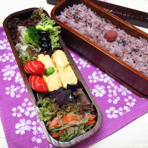 *メリ☆食* 本日はくり抜き二段弁当箱でお弁当♪