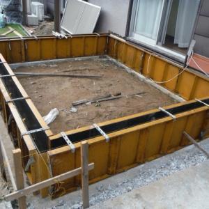 6畳間増築 ~ 基礎コンクリート打。