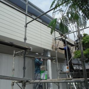 台風被害 ~ アルミ製笠木取付。