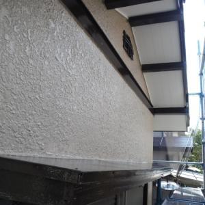 屋根、外壁塗り替えとメンテナンス ~ 細かい箇所の仕上げ。