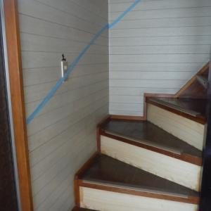 浴室と廊下に手摺取付け ~ 階段に取付。