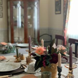 秋のハイティーテーブル