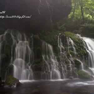 元滝の流れ
