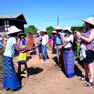 中国人の観光客、中国への観光旅行禁止を検討、ミャンマー政府。