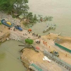 ミャンマーでは珍しい堤防決壊